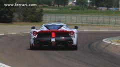 Ferrari: Alonso guida LaFerrari - Immagine: 3