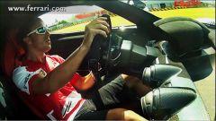 Ferrari: Alonso guida LaFerrari - Immagine: 1