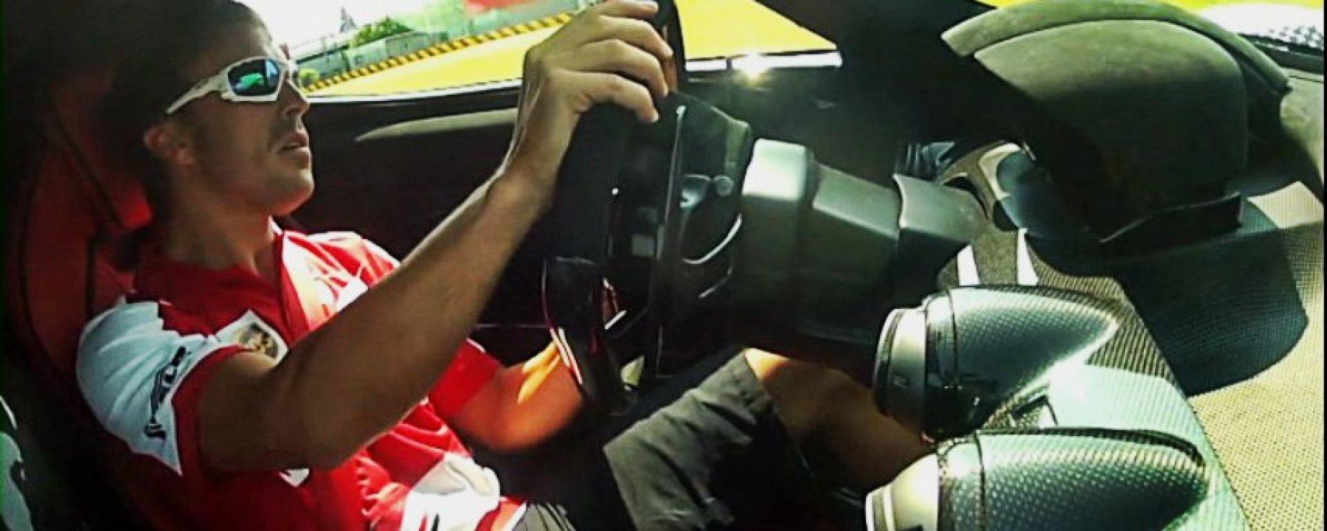 Ferrari: Alonso guida LaFerrari