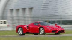 Ferrari Enzo in pista a Fiorano