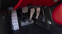 Ferrari Enzo: la pedaliera in alluminio