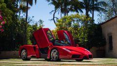 Ferrari Enzo, le caratteristiche portiere