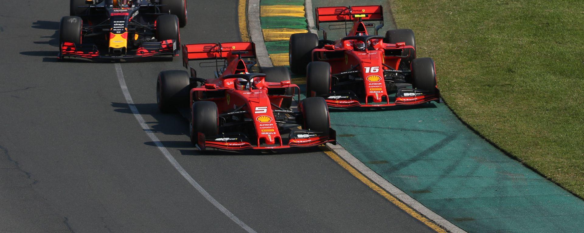Ferrari, un replay nascosto mostra il contatto Leclerc-Vettel al via
