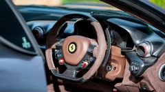 Ferrari F12 TdF: gli interni