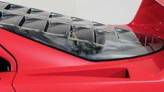 Ferrari F40: dettaglio del cofano posteriore ventilato