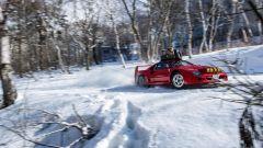 Ferrari F40: storia di drift sulla neve - Immagine: 4