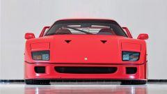Ferrari F40: il frontale