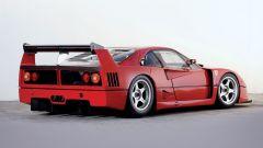 Ferrari F40 LM: vista 3/4 posteriore