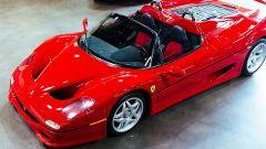 Ferrari F50: vista 3/4 anteriore dall'alto