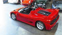 Ferrari F50: vista 3/4 posteriore dall'alto