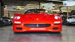 Ferrari F50: vista frontale