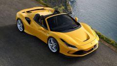 Ferrari F8 Spider, tetto rigido retraibile