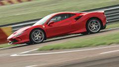 """Al volante della Ferrari F8 Tributo: dalla """"Pista"""" alla strada - Immagine: 13"""