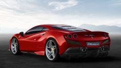 Ferrari F8 Tributo: il lunotto in lexan (meno 7kg rispetto al vetro)