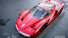 Ferrari FXX convertita stradale: vista anteriore dall'alto