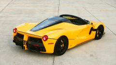 Ferrari LaFerrari Aperta 3/4 posteriore. Ryan Merrill © 2020 Courtesy of RM Sotheby's