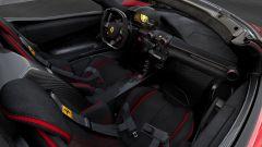 Ferrari LaFerrari Aperta per Save the Children: la plancia