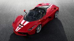 Ferrari LaFerrari Aperta per Save the Children: vista 3/4 anteriore