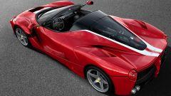 Ferrari LaFerrari Aperta per Save the Children: vista 3/4 posteriore