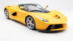 Ferrari LaFerrari gialla