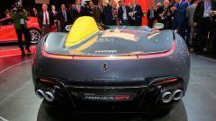 Ferrari Monza SP1 e SP2: in video dal Salone di Parigi 2018 - Immagine: 11