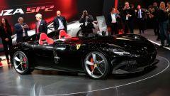 Ferrari Monza SP1 e SP2: in video dal Salone di Parigi 2018 - Immagine: 35