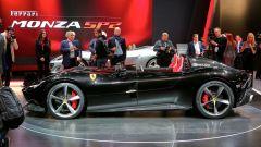 Ferrari Monza SP1 e SP2: in video dal Salone di Parigi 2018 - Immagine: 42