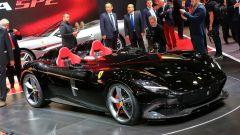 Ferrari Monza SP1 e SP2: in video dal Salone di Parigi 2018 - Immagine: 46