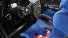 Ferrari P80/C, gli interni