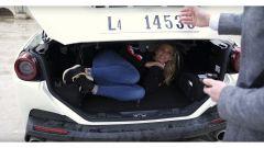 Ferrari Portofino: nel bagagliaio ci sta...l'amante! - Immagine: 3