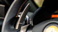 Ferrari Portofino M, i paddle al volante per comandare il cambio sono in carbonio