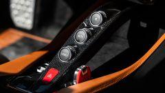 Ferrari Portofino M, i pulsanti di comando del cambio