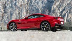 Ferrari Portofino M, vista 3/4 posteriore a capote chiusa
