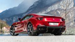 Ferrari Portofino M, vista 3/4 posteriore dal basso