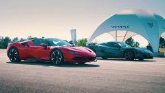 Ferrari SF90 Stradale e Rimac Nevera: plug-in hybrid vs auto elettrica