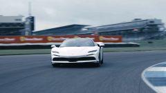 Ferrari SF90 Stradale: i video dei record - Immagine: 2