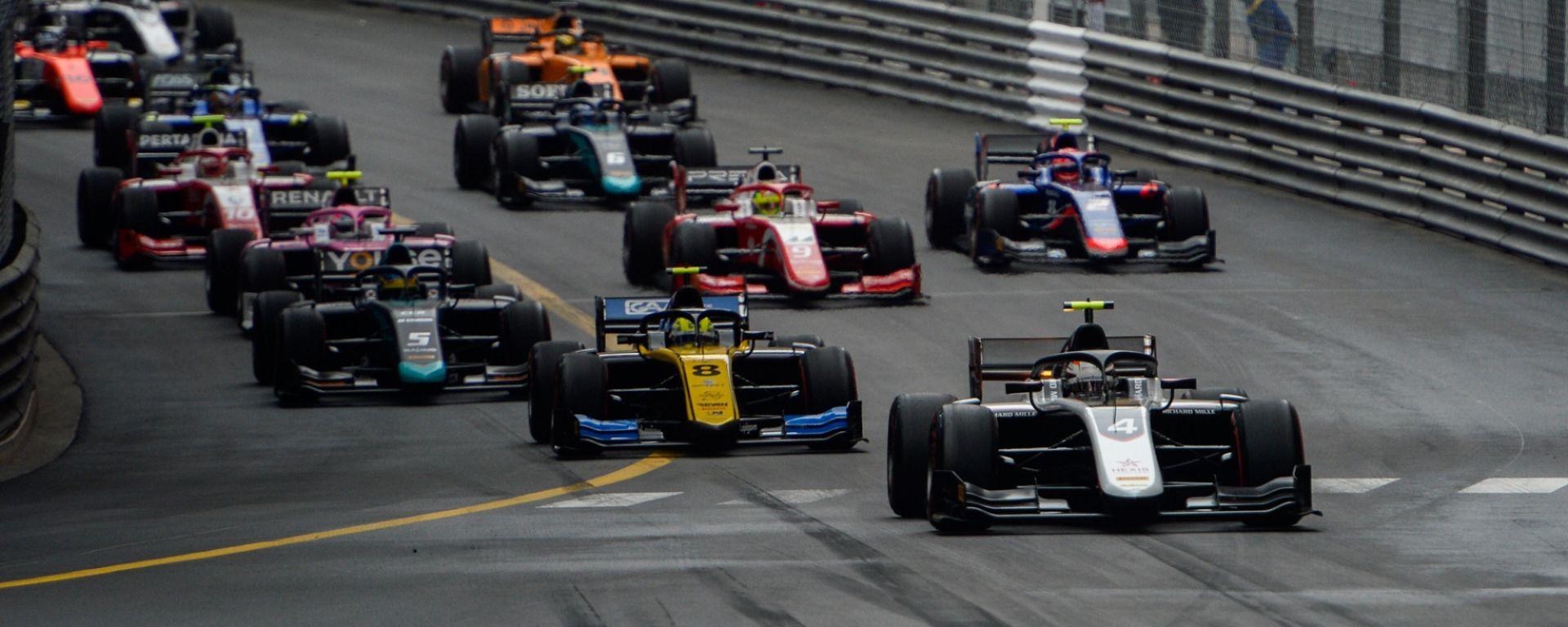 FIA F2, gara-1 Monaco 2019, la partenza