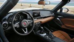 Fiat 124 Spider: test drive su strada, video e listino prezzi - Immagine: 38