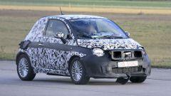 Fiat 500 elettrica 2020: vista 3/4 anteriore