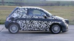 Fiat 500 elettrica 2020: vista laterale