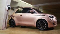 Nuova Fiat 500 elettrica, ritorno al futuro. Com'è fatta e come va [VIDEO] - Immagine: 18