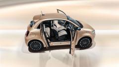 Nuova Fiat 500 elettrica, ritorno al futuro. Com'è fatta e come va [VIDEO] - Immagine: 27