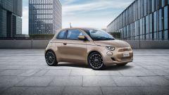 Nuova Fiat 500 elettrica, ritorno al futuro. Com'è fatta e come va [VIDEO] - Immagine: 31