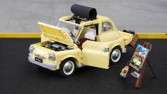 Fiat 500 LEGO Creator Expert: visuale di 3/4 anteriore