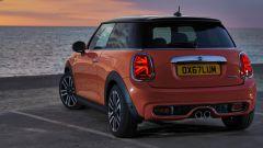 Fiat 500 vs Mini, l'eterna sfida. Icone glamour a confronto - Immagine: 6