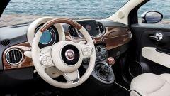 Fiat 500C Riva: il volante multifunzione