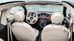Fiat 500C Riva: l'abitacolo