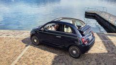 Fiat 500C Riva: vista 3/4 posteriore dall'alto