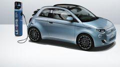 Noleggio Fiat 500 elettrica, Peugeot e208: promozione luglio 2021