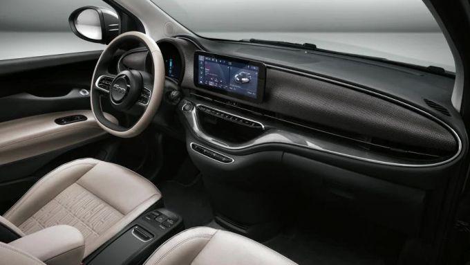 Fiat 500e: dettaglio dell'abitacolo